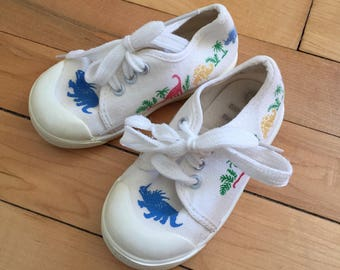 Vintage 1980s Baby Infant Boys White Dinosaur Sneakers Shoes! Size 3 6-12 months