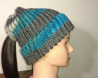 Beautiful lower pony tail hat beanie, gray/teal