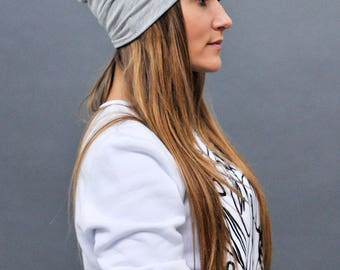 Gray slouchy beanie/ Womens beanie/ Street style/ Slouchy beanie/ Beanie hat/ Gift for her/ Womens hat/ Girls hat/ Gray womens hat/ Slouchy