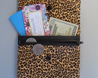 Small women's wallet with zipper, ID card holder, Coin purse bag, Leopard animal print, Black/Brown