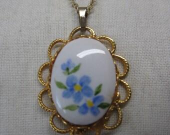 Flower Blue White Gold Necklace Vintage Pendant Glass Filigree