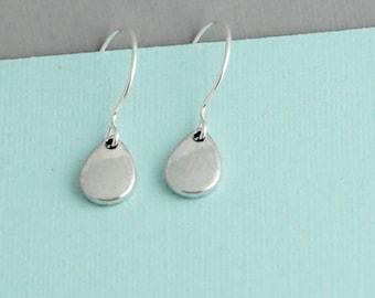 Silver Teardrop Earrings / Silver filled drop earrings