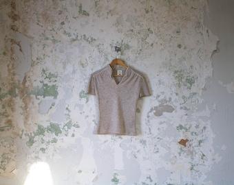 Vintage Sweater Top - 70s Short Sleeve Sweatshirt - Soft Gray Speckled 1970s Medium