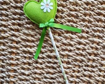 Magic Garden Fairy Wand - Sweetheart in fresh green