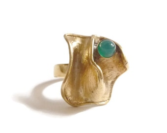Modernist Vermeil and Chrysoprase Ring Scandinavian Finland Mid Century