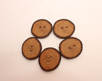 Set of 5 oak wooden buttons | 1 - 1.4 "