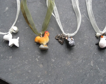 cute necklace for Kids and Moms with little plastik animals