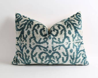 Green ikat velvet pillow cover, velvet ikat pillow, ikat pillow, handwoven ikat, green pillow cover
