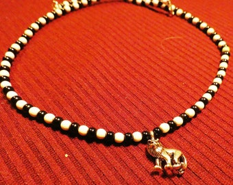 """Gift for Unisex. Men's necklace natural stone Agate and pendant """"Lion"""" necklace from semiprecious stones """"Lion"""" for men"""