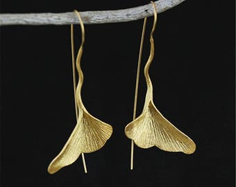 Handmade Golden Ginkgo Earrings. Gift for her. Gingko Leaf. Luck. Bridal Jewelry. Bridesmaids
