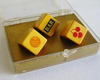 Vintage 30s Yellow Bakelite Slot Machine Game Dice