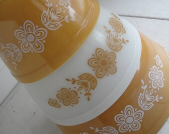 Vintage Pyrex Mixing Bowls Butterfly Gold Set of 3
