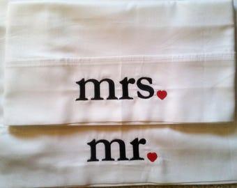 Mr & Mrs  Embroidered Pillowcase Set