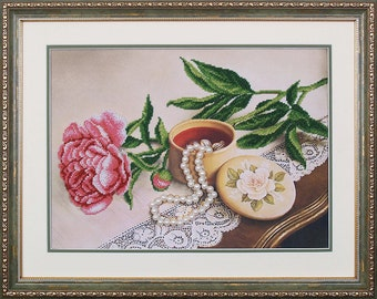 Rose bead embroidery DIY kit, beaded stitching, beading on needlepoint, beadpoint, sewing craft set