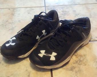 Under Amor baseball turf shoes