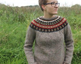 Knit sweater made of pure, Icelandic wool. In stock in a size small, all other sizes MADE TO ORDER.