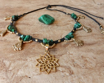 Flower of life tribal malachite necklace • • • tribal • • Boho • • Ethnic • • • Malachite necklace Flower of Life Macrame