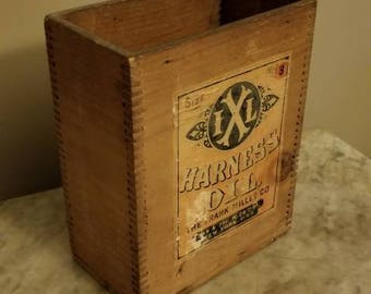 Vintage Dovetail Wooden Box