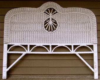 White Wicker Headboard Queen Size Vintage Victorian Coastal Living Shabby Cottage Beach House