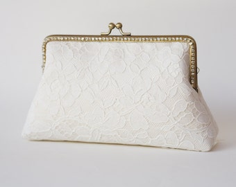 Ivory Alencon Lace Clutch with chain ( or Choose your color) / Bridal Purse / Evening clutch / Bridal Party clutch  / Bridemaid Clutch