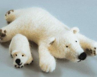 "NEW Unopened Felting kit Charivna mit B-125 ""North inhabitants"" Polar bears Mama and cub"