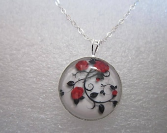 Necklace 18 mm chain 18 inch roses on stem