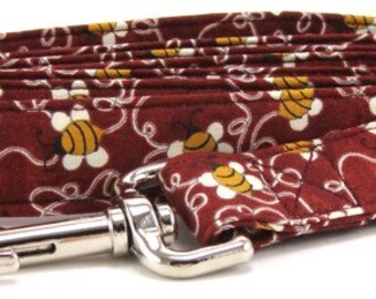 Red Bumble Bees Cotton Adjustable Dog Leash