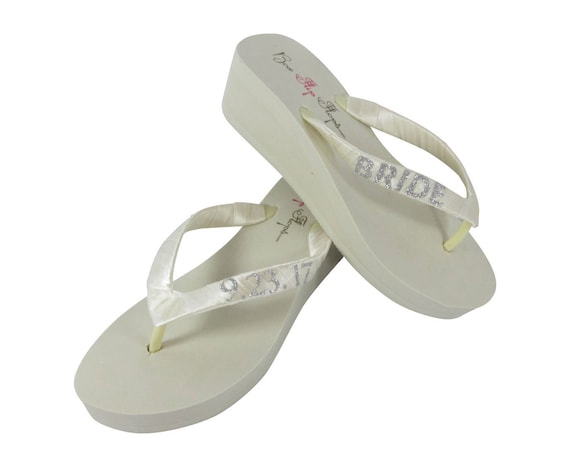 9bc9518d17d0 Flops Glitter Bride Ivory the Wedge Wedding Date for Personalized White or  Flip Silver pfqTUf ...