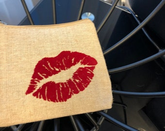 Red Lips Pouch, Lipstick Bag, Brush Bag, Makeup Bag, Cosmetic Bag, Makeup Pouch, Lipstick Print, Makeup Pouch, Lips, Beauty Bag, Kiss Print