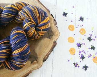 Merino Sock Yarn 100g - 4ply Halloween purple orange - hand dyed
