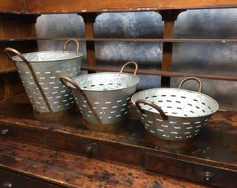 3 Galvanized Tin Olive Buckets Wash Basket Trash Can Rustic Farm Country Decor a Galvanized Vintage Olive Buckets Olive Basket