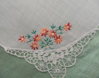 Embroidered handkerchief with lace corner /  floral hankie