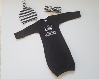 Baby Girl or Baby Boy Coming Home Outfit. Baby Girl Baby Boy First Outfit. Newborn Neutral Shower Gift. Hello! I'm New Here. Black and White