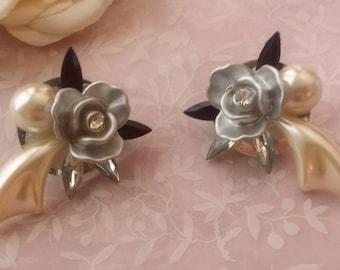 Vintage Unique Flower Earrings Pierced Pearlescent Rhinestone Earrings The Wild Vintage Rose