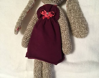 Crochet Rabbit-friend in modern purple dress