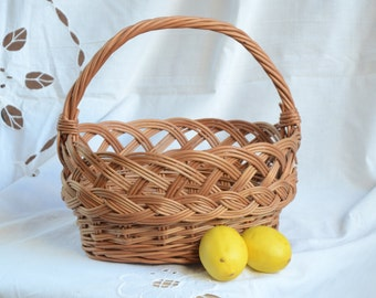 Willow Kids Basket, Small Wicker Basket, Kids Easter Basket, Egg Basket, Toy Basket, Small Oval Basket, Flower Girl Basket, Rustic Wedding