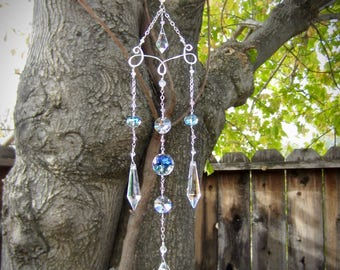 Chandelier Crystal Sun Catcher | Feng Shui Rainbow Maker | Garden Art Gift