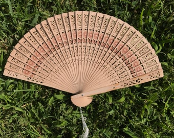 20 Sunflower Sandelwood Fan for Wedding, Hand Fan, Ivory Tan Natural Wood Fan, Outdoor wedding, Beach wedding, Wedding Favor, Ceremony