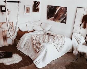 JESSICA Chunky Knit BLANKET in white felted Premium Merino