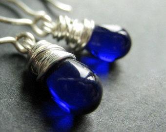 Cobalt Blue Earrings. Wire Wrapped Blue Teardrop Earrings in Silver. Handmade Jewelry.