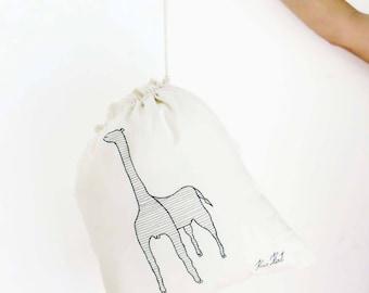 Large Linen laundry bag giraffe Drawstring laundry bags Travel storage bag Reusable food bag, linen storage bag, linen clothing bags