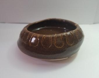 Petit Pot en céramique fait à la main