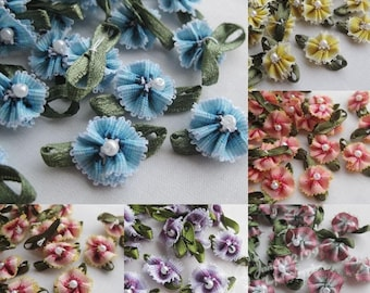 10 applique fabric flower beaded polyester (varied lot)