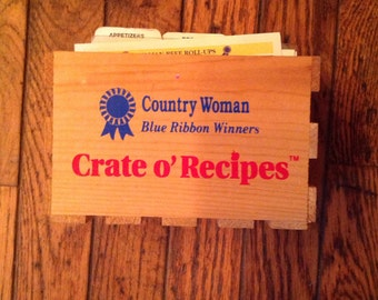 Vintage Country Woman Blue Ribbon Winners Crate O' Recipe Cards Recipes