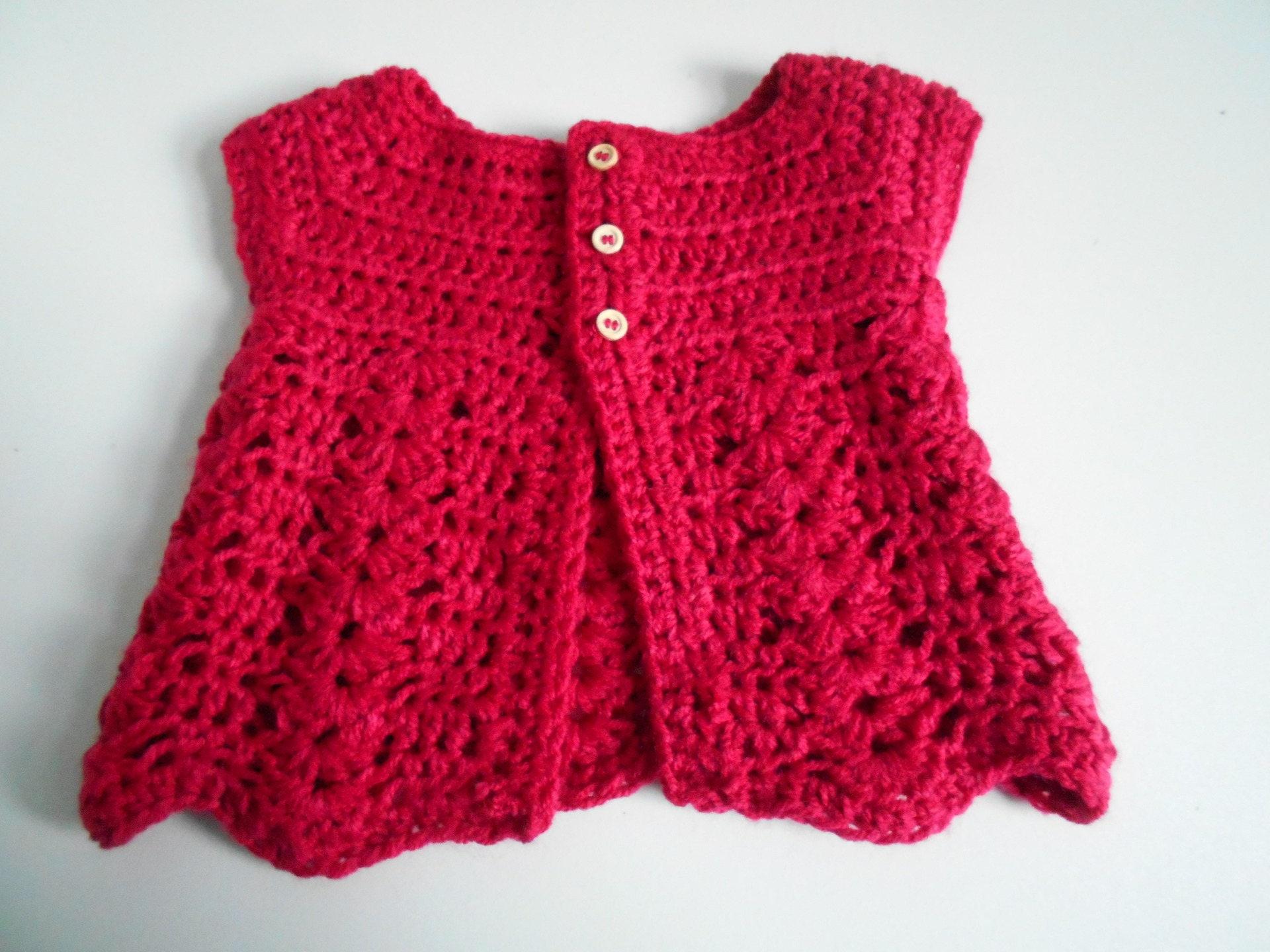 gilet bebe fille en laine fuchsia fait main au crochet. Black Bedroom Furniture Sets. Home Design Ideas