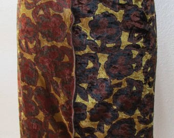 Brown color floral prints knee length velvet skirt with ruffled edging plus made in USA(vn82)
