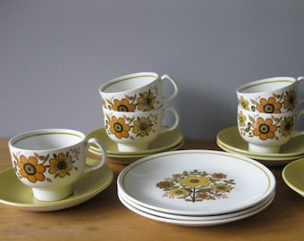 """Ridgway """"Harvest Gold"""" Cups and Saucers with 3 Side Plates"""