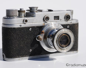 Zorki-S 35mm film rangefinder soviet retro vinage camera with lens Industar-22