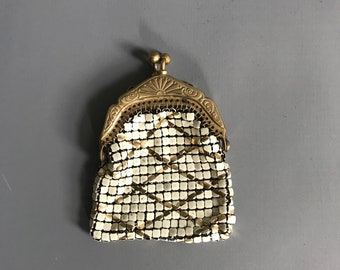 1920s purse, mesh with Art Deco frame