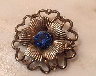 Vintage silver tone brooch with rhinestone